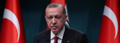 La banque centrale turque vole au secours de la livre malgré Erdogan