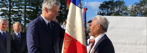 À Nouméa, Laurent Wauquiez joue la distance