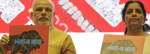 En Inde, la chute de la roupie inquiète les pouvoirs publics