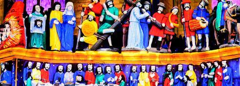 En Bretagne, le patrimoine sacré retrouve ses teintes d'antan et des habitants sont verts de rage