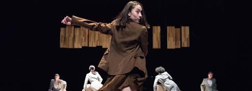 Danse et cirque: les spectacles de la rentrée à Paris