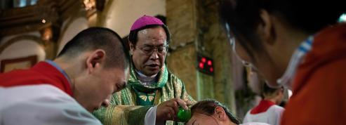 Accord entre le Vatican et Pékin: les catholiques chinois sont partagés