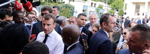 Emmanuel Macron demande du temps aux Français