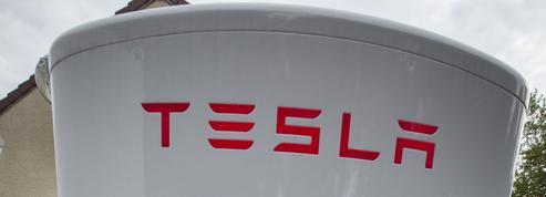 Elon Musk paye une amende mais reste patron de Tesla