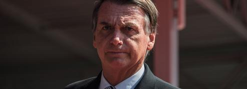 Brésil: à trois jours de la présidentielle, les marchés misent sur le populiste Bolsonaro
