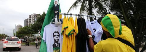 Brésil: pourquoi le candidat d'extrême droite est le favori de l'élection présidentielle