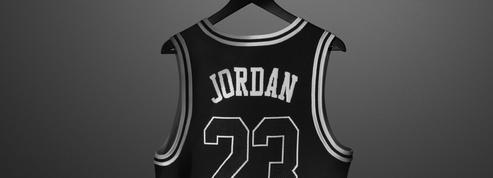 200 maillots de la collection PSG x Jordan mis en vente via des tombolas