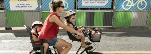 Pistes cyclables, parkings à vélo… les villes investissent pour améliorer la circulation douce