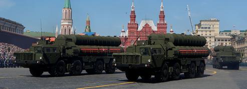 Les missiles S-400, l'inquiétante arme diplomatique de Vladimir Poutine