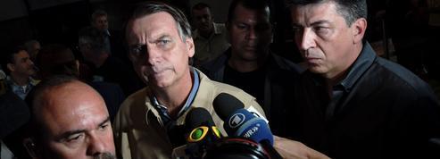 Au Brésil, le favori Bolsonaro accusé de diffuser de fausses informations via WhatsApp