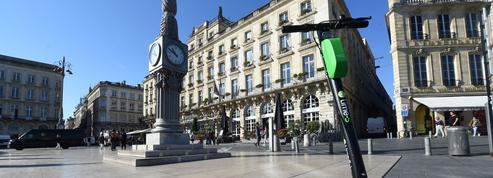 Alain Juppé convainc Lime d'immobiliser ses trottinettes à Bordeaux