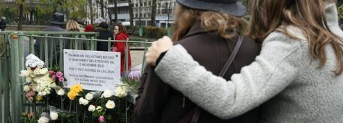 Des victimes du terrorisme reçoivent la Médaille nationale de reconnaissance