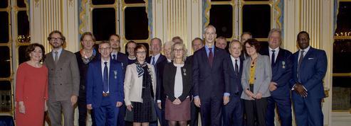 Le luxe et ses hommes de l'art distingués par le ministre de la Culture, Franck Riester