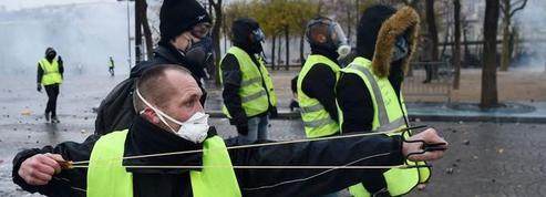 Que risquent les «gilets jaunes» en manifestant samedi ?