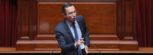 Le Sénat veut supprimer la hausse des taxes sur les carburants