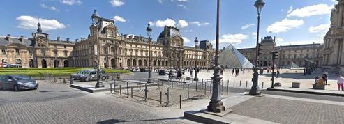 Paris: l'impossible rénovation de la chaussée devant le musée du Louvre