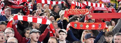 PSG-Liverpool: Les fans anglais reviennent avec deux réfugiés dans leur bus