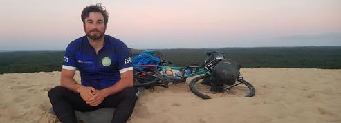 Julien Moreau boucle le plus long triathlon du monde à portée écologique