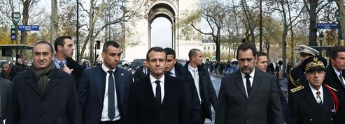 «Gilets jaunes» : Emmanuel Macron cherche la sortie de crise