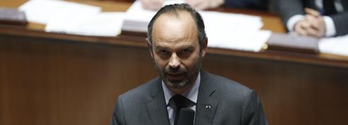 Taxes sur les carburants, électricité, gaz, contrôle technique… le détail des mesures de Macron et Philippe