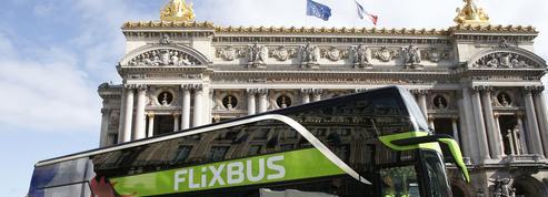 Les «gilets jaunes» viennent manifester à Paris grâce aux cars... Macron