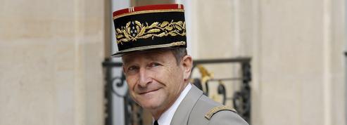 Général Pierre de Villiers, de son propre chef