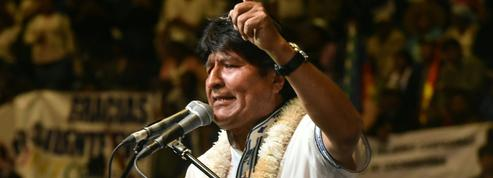 Bolivie: Evo Morales s'accroche au pouvoir