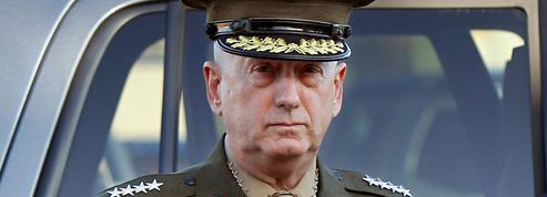 Trump annonce que le général Mattis sera remplacé en janvier