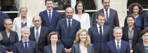 Sondage: toujours méconnus, les ministres ne servent pas de boucliers à Macron