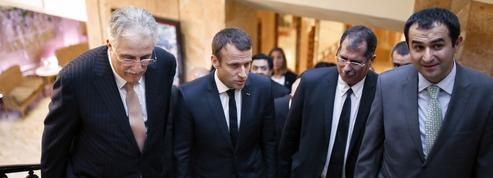 Emmanuel Macron reçoit des responsables musulmans à l'Élysée