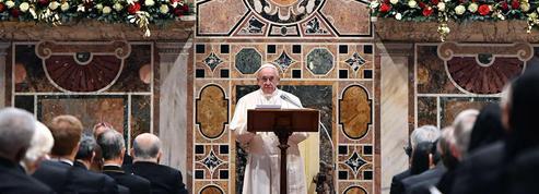 Le pape François inquiet de la montée des nationalismes et dupopulisme