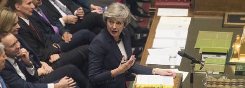 Brexit: les députés se rebellent contre May