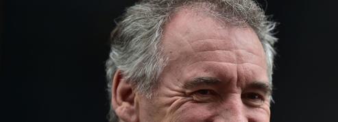 Pour Bayrou, la «légitimité» de la Commission nationale du débat public est «nulle»