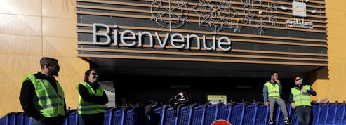 Air France, Fnac Darty... Ce que les «gilets jaunes» ont coûté aux grandes entreprises en 2018