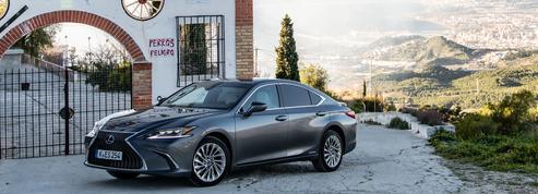 Lexus ES 300h, l'hybride des beaux quartiers