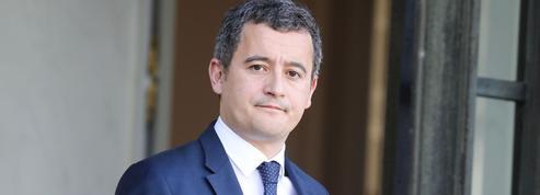 Gérald Darmanin annonce qu'il reste au gouvernement