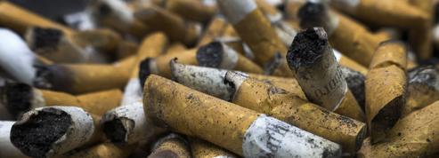 Contre le fléau des mégots, une loi va faire payer les cigarettiers