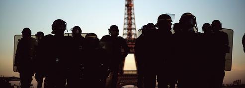 Banlieues: la présence policière en pointillé fait le jeu des bandes violentes et du deal