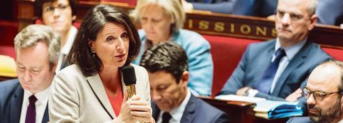 Européennes: malgré de nombreux dossiers en cours, Agnès Buzyn tentée par une candidature