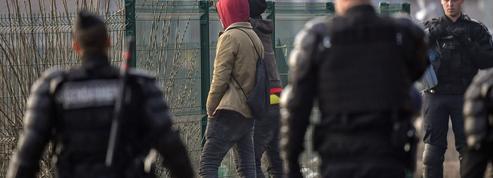 Emmanuel Macron dans le bourbier des accords de Dublin
