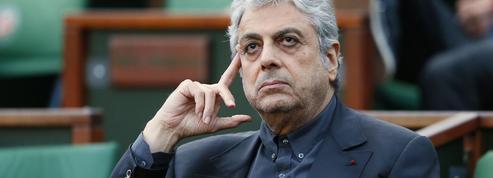 Enrico Macias doit rembourser 30 millions d'euros à une banque islandaise