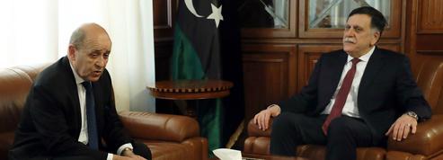 Paris cherche à rapprocher les frères ennemis libyens