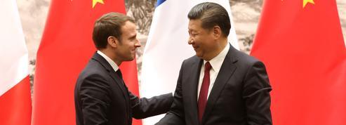 Xi Jinping, Merkel et Juncker réunis à Paris mardi pour discuter commerce et climat