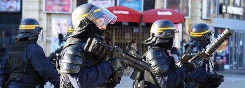 «Gilets jaunes»: les forces de l'ordre «ne subissent plus»