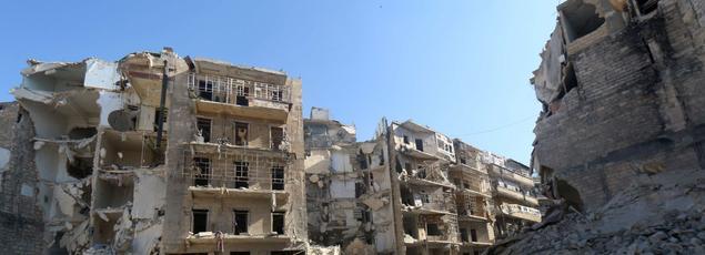 La ville d'Alep, théatre de multiples affrontements entre le régime syrien est les rebelles, est défigurée par les bombardements.