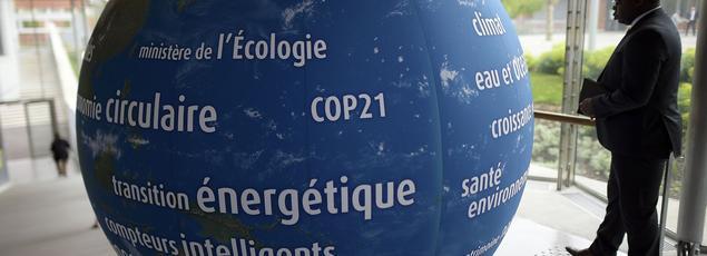 Pour les représentants de 195 pays l'objectif est simple: trouver un accord pour limiter à 2 degrés le réchauffement climatique par rapport à l'ère préindustrielle.