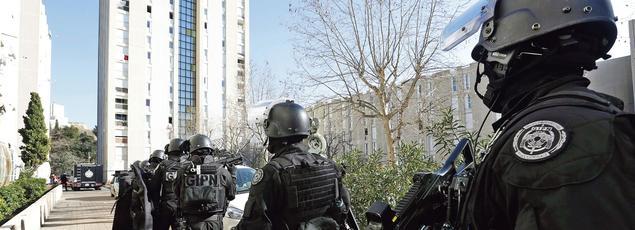 Intervention du GIPN en février dernier à la Castellane, après que des patrouilles de police ont essuyé des tirs d'armes automatiques.