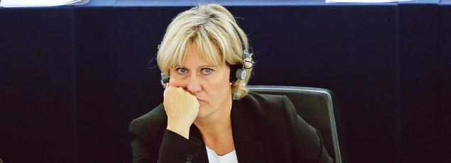 Nadine Morano, mercredi au Parlement européen, s'est refusée jusqu'au bout à écrire la lettre de regrets qu'avait exigée Nicolas Sarkozy.