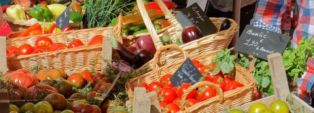 L'élévation du niveau de vie moyen des Français a fait diminuer le poids des courses alimentaires dans leurs dépenses du quotidien. Crédit: flickr/François R. Thomas.