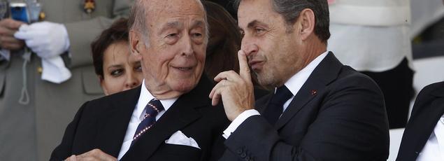 À Ouistreham, en juin 2014, les deux anciens chefs de l'État Valéry Giscard d'Estaing et Nicolas Sarkozy.